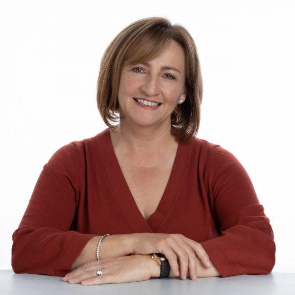 Dr Jo Baldwin